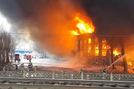 Санкт-Петербург. Пожар № 4 на улице Салова